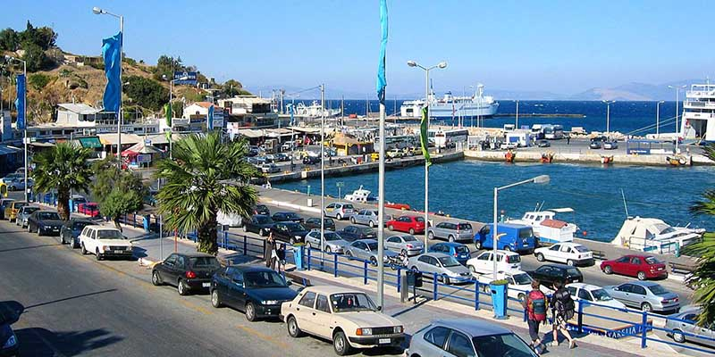 how to get from piraeus port to athens airport